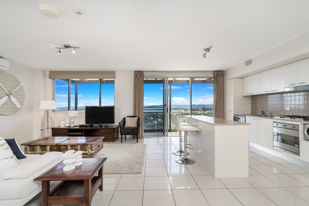 Grandview-Ballina-Accommodation-3-Penthouse-Bedroom
