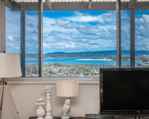 Grandview-Ballina-Accommodation-3-Penthouse-Bedroom (30)