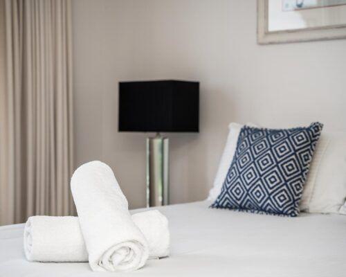 Grandview-Ballina-Accommodation-3-Penthouse-Bedroom (4)